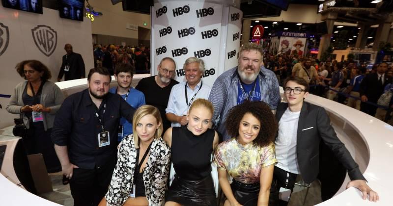 Dàn cast tại Comic-Con năm nay.