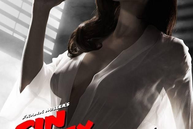 Người đẹp Eva Green trên tấm poster gây tranh cãi và buộc phải chỉnh sửa của Sin City: A Dame to Kill for.