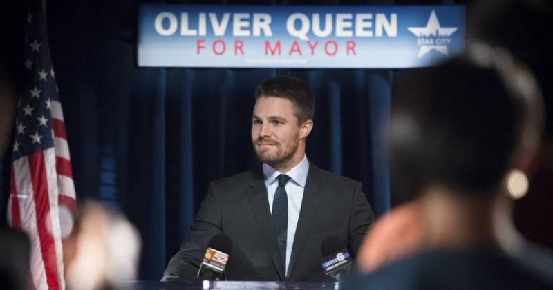 Oliver giờ đã là thị trưởng tạm thời của Star City.