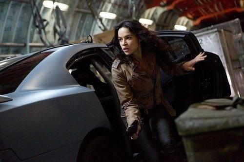 Sự trở lại của Michelle Rodriguez trong Fast & Furious 6 được chờ đợi nhất trên màn ảnh rộng hè năm nay. Ảnh: Universal.