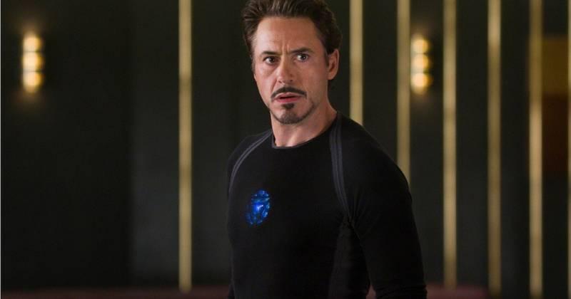 Tài tử Robert Downey Jr thủ vai Tony Stark trong hai tập phim