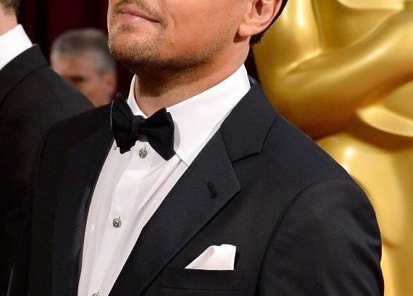 Leonardo DiCaprio thách thức bản thân khi hóa thân thành nhân vật đa nhân cách nổi tiếng trong lịch sử nước Mỹ.