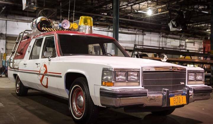 Chiếc xe chuyên dụng của đội bắt ma